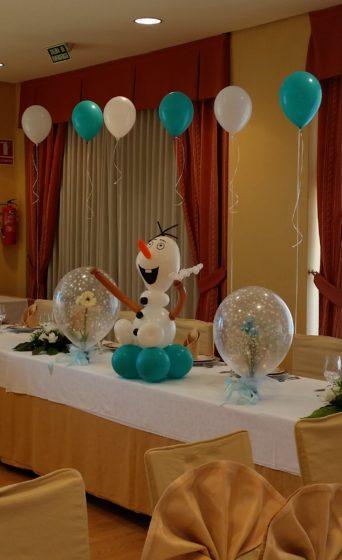 Decoración temática Frozen para comunión